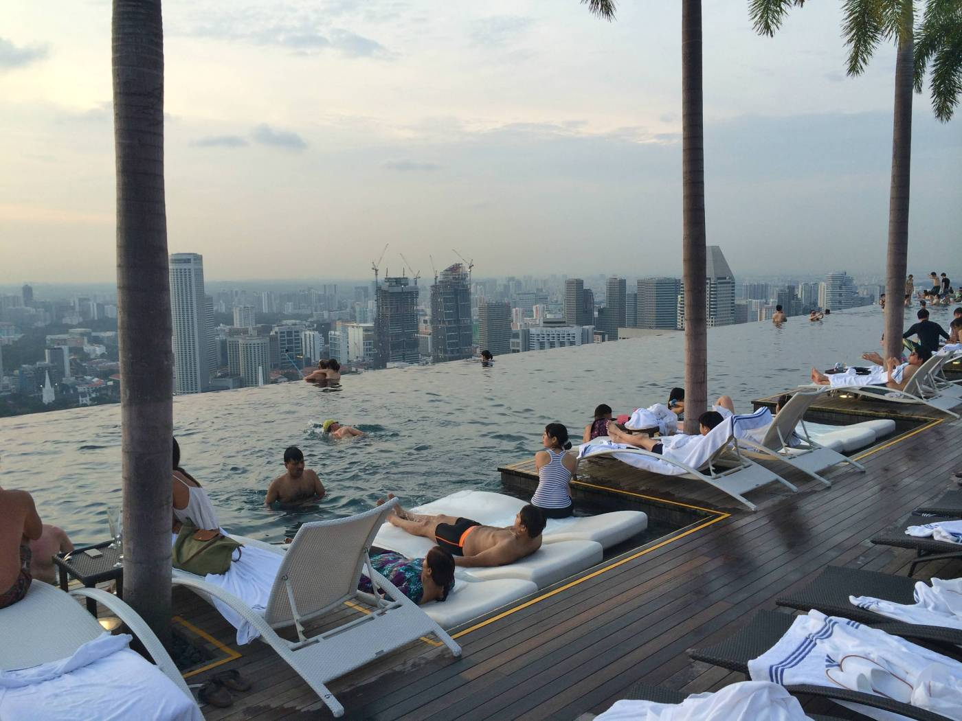 Swim on top of the world at Marina Bay Sands Infinity Pool Travelosio