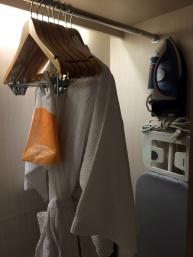 courtyard-by-marriott-bali-wardrobe