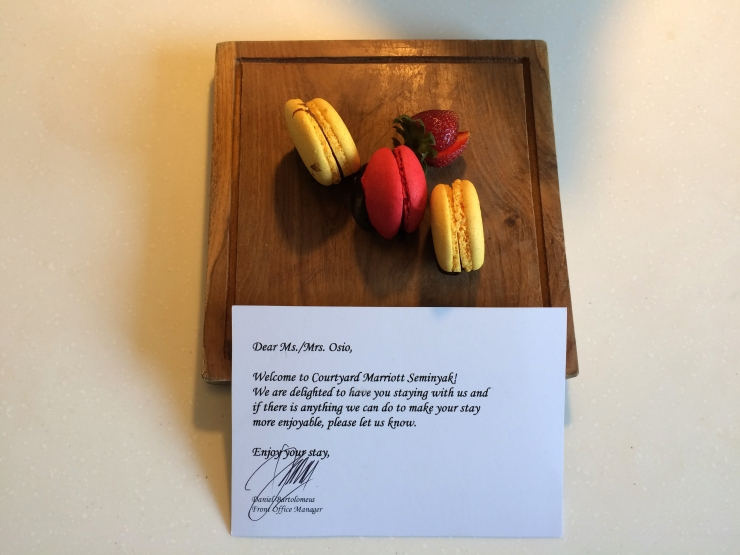 Courtyard by Marriott Bali Welcome Snack.JPG