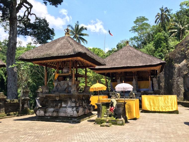 Gunung Kawi Shrines.JPG