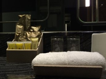 royal-plaza-hotel-bathroom-amenities
