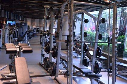 royal-plaza-hotel-gym-3