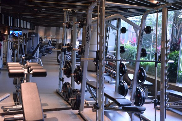 royal-plaza-hotel-gym-3