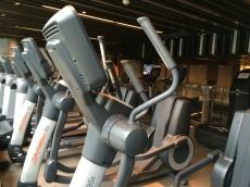 royal-plaza-hotel-gym