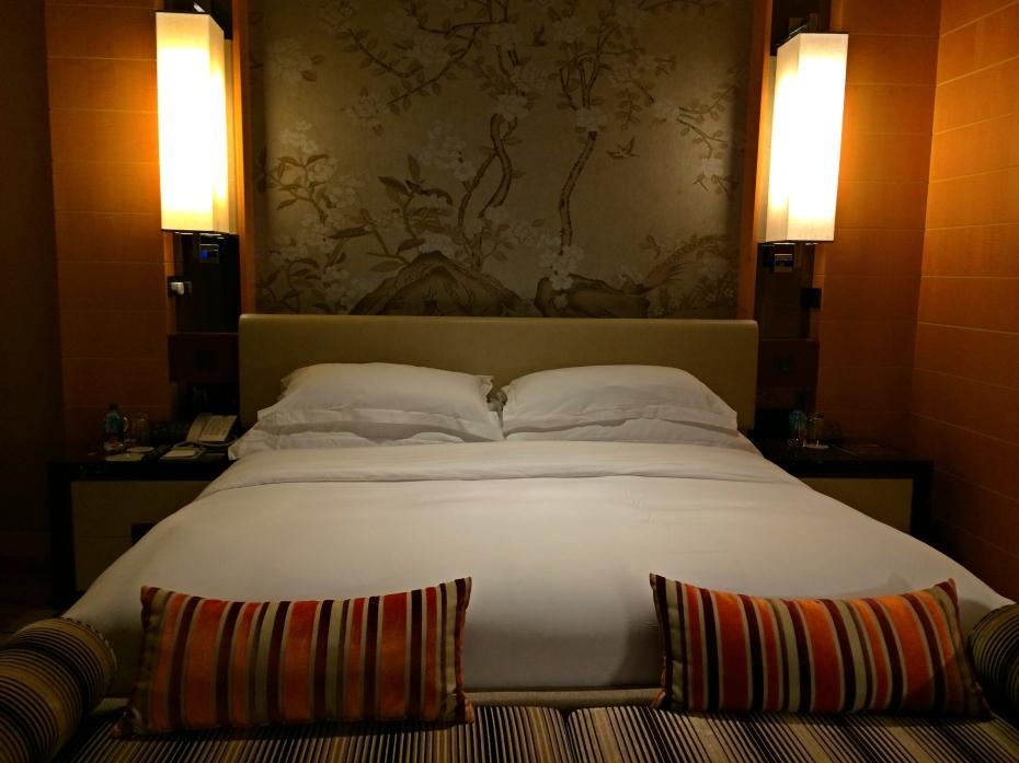 the-olympian-hong-kong-bed-view