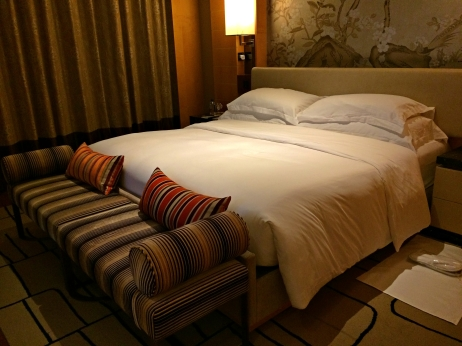 the-olympian-hong-kong-bed