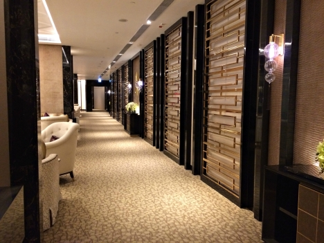 the-olympian-hong-kong-hallway