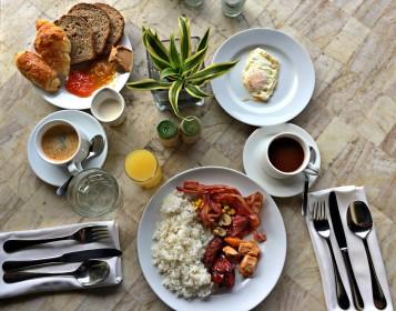 amorita-resort-breakfast-all