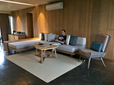 amorita-resort-living-room
