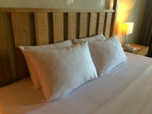 amorita-resort-pillows