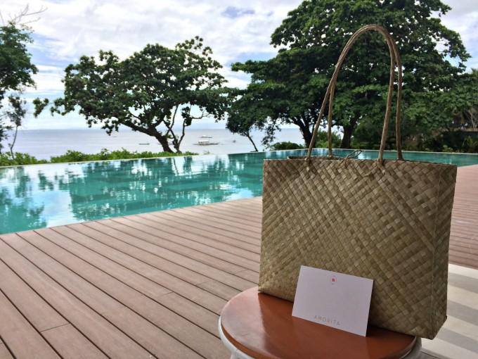 amorita-resort-pool-bag
