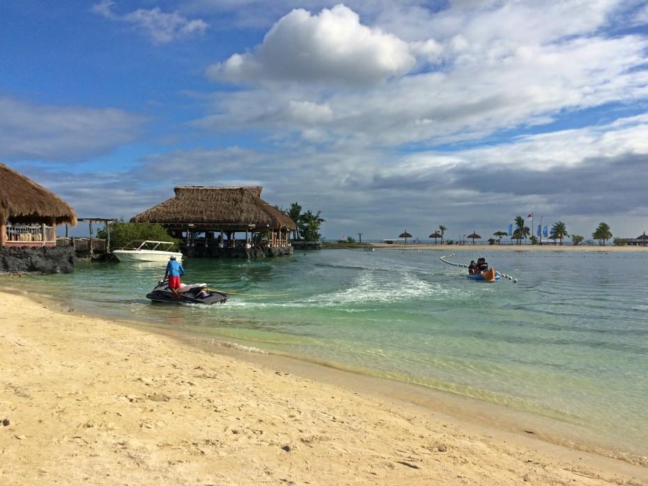bluewater-maribago-beach-sports