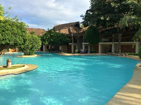 bluewater-maribago-pool