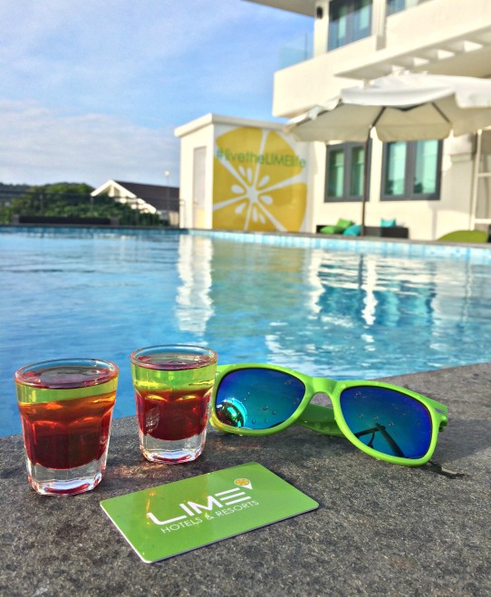 lime-hotel-pool-shots