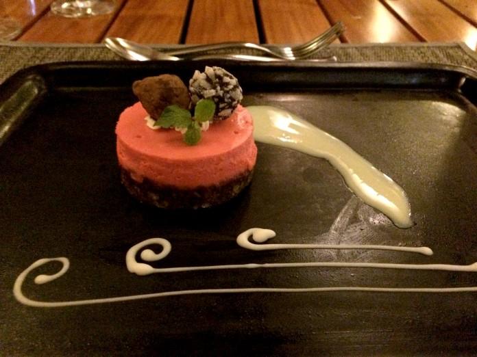 the-cove-red-velvet-cheesecake