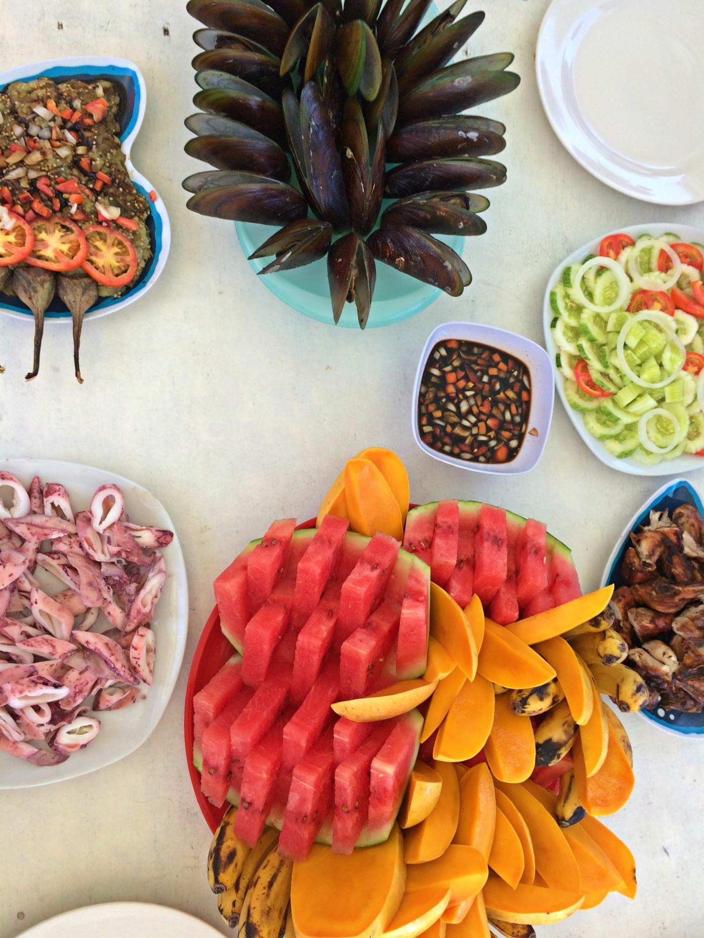 El Nido Fruits and Mussels.jpg