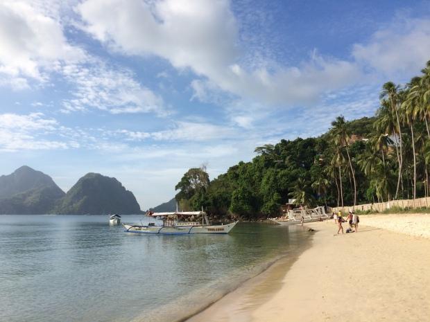 El Nido Las Cabanas Beach.JPG