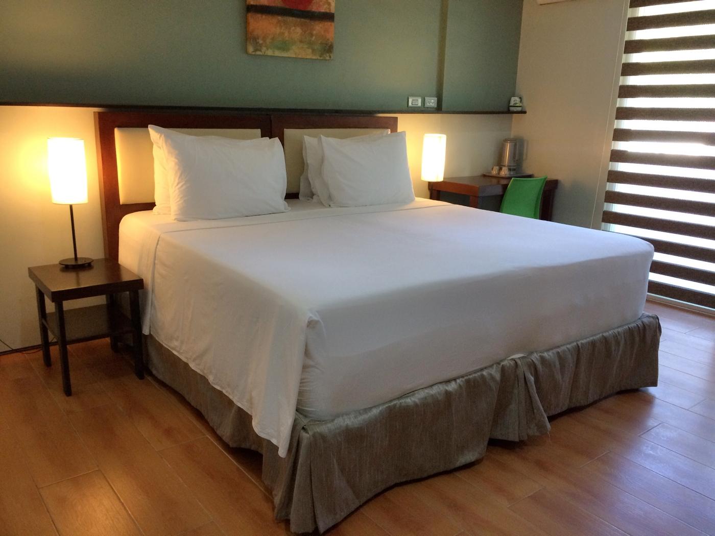 Sea Cocoon Hotel Bed