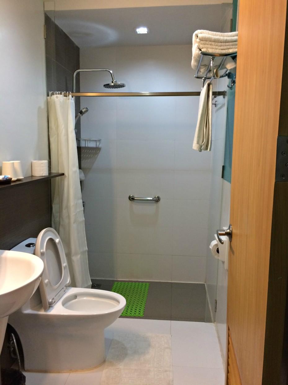 Sea Cocoon Hotel Toilet