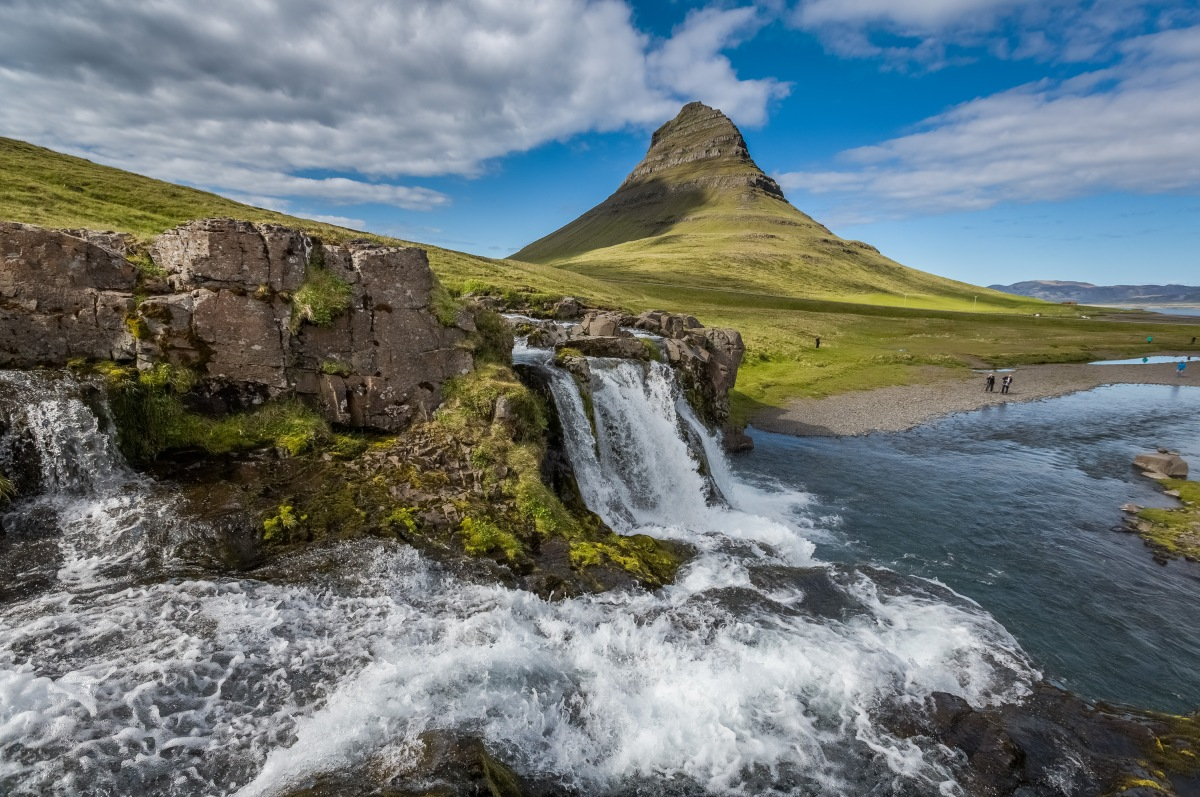 10 magical reasons to visit Iceland ASAP